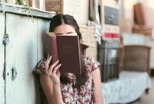 Reading / by Michela Pozzi