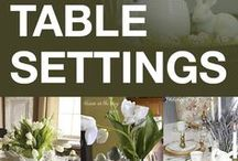 DECOR - Holiday Tables / Wonderful tips and ideas to setting a beautiful table for your holiday gathering :) / by Michelle Eliason