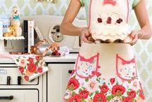 Aprons & things. / by Marilla @ Cupcake Rehab ✔