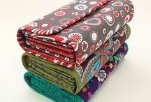 Sewing: bags & accessories / by Heidi Stubbe