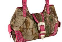 Camo Handbag | Realtree Camo Purse / If you like our products, comment. Re-pin! Earn a chance to win them! / by Realtree