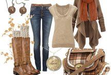 -> Fashion/Outfits  / by Alexis Babington