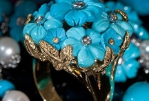 Eozy  Turquoise Jewelry / Reflect its flexibility and its irregular creativity / by Cynthia Laget