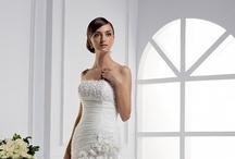 Wedding: Dresses / by Tammy Cox