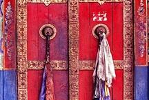 Doors... / by Pisand