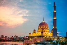 Beautiful Mosques Around The World / by Mohammed Sajid