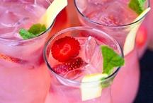 Drinks e Frappè / by Rita Anoffo