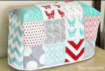 Organize your sewing room / Tipps and Tricks to organize the sewing space / by Claudia (Inchy) Hillesheim