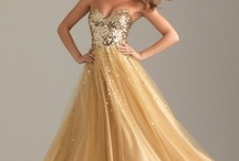 Exquisite Gowns / by Araya Mills