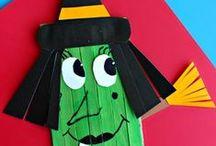 School Craft Ideas / by Meghann Swiney