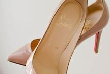 Shoes + accessories / by Daniela Marmol Pirela