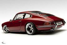Porsche / by Resa Pattiwael