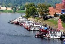 Events & Festivals / by Marietta-Washington County CVB