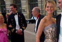 #Vestidos de Fiesta 2014 - Dress / Vestidos de noche, vestidos de boda para invitadas y madrinas elegantes. #NightDress @siempreelegante / by Siempre Elegante