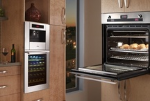 Ovens & Microwaves / by Kitchen Design Ideas
