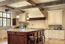 Best Kitchens Ever / Craving superlatives? These are the best kitchens ever pinned to our Pinterest boards (based on popularity). Check out our other pin boards for even more ideas! / by Kitchen Design Ideas