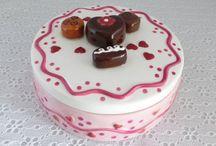 Valentine's Day !!! / Love Valentine's Day !!! / by Maria Mattison