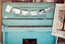 Piano / by Cabinet De Curiosities
