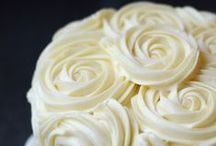 Cake Decorating Tips / Cake decorating tips, ideas, and how to's / by Monica Ruiz-Gonzalez