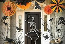 Halloween / This board encompasses all things Halloween, from decorating to DIY, entertaining to pumpkin carving, light and whimsical to dark and terrifying. / by Clairellyn {The Simple, Sweet Life}