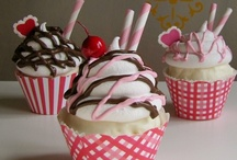 Cupcakes... / by Donna Griffiths