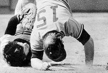 Grandes Ligas del ayer, Jugadas, anecdotas, curiosidades / Todos sobres el beisbol del ayer, de los grandes equipos de las grandes ligas. / by Lea