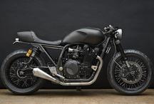 motos / by Jorge Suarez