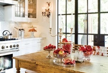 Kitchen & Dining Spaces / by Maria Seifrid Rodriguez