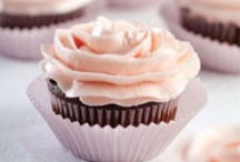 Cakes, Cupcakes & Icing For On Top / by Maria Seifrid Rodriguez