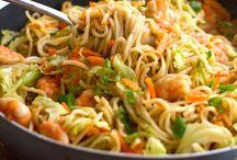 HEALTHY Eating / Veggies health foods vegan protein meals / by Dallas Lyons