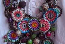 Accesorios y detalles en crochet / by Vanesa Palopoli