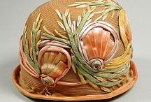 Sombreros , pamelas y gorras  / by Luisa Elena Silvio