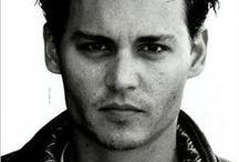 ★ ♥Johnny...Lindo...Depp ♥ ★ / by Liane Macchioli