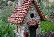 Birdhouses and Feeders / by Debbie Svacina