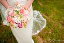 Bouquet de mariée - Bridal Bouquet / by Bulles et Compagnie