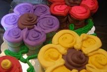 Cupcake Cakes - Pull-Apart Cake Designs / by Kimberly Kauffman
