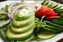 healthy eating / by Zeljka Bosnjak