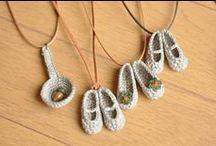 Tığla yapılan minyatürler 3 / by Rabia Öge