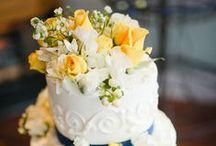 Wedding Cake / Who doesn't love cake? / by Weddings of Tulsa