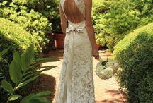 Wedding dresses / by Nathalie Hottot