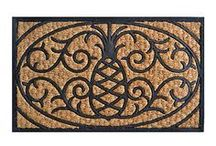 Flooring and Rugs / by Donna Ianni