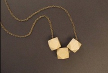 BOHO WOODEN NECKLACES / by Mona Abraham (4Everinstyle)