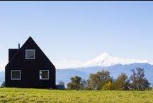 Ho : Houses 3 Cabin / Barn Homes / by Mondayasu