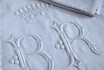 Chanvre, Lin, Dentelles et Broderies / Une passion pour le linge ancien, qui prend beaucoup de place, et du respect pour les doigts de fée qui ont réalisé ces merveilles.... Mais le lin façon moderne j'aime aussi ! / by Naty linprobable