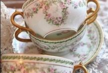 teacups / by Daniela David