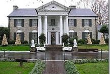 ELVIS AND GRACELAND / ELVIS PRESLEY . HIS GRACELAND ;AND MEMORBELIA / by Ramona Hackney