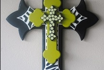 crafts:) / This is my crafting board and this board shows you different things you can make for Halloween, Christmas and birthdays and so much more. Follow me & I do Follow back! Just check my board out!! :) / by Jamie Brewer