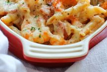 Deliciousness / Food! Casserole. Entrees. Appetizers.  / by Darcel {The Mahogany Way}
