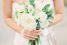 Inspiration: Wedding Looks We Love / Samantha Melanson Photography's Favorite Wedding Looks www.samanthamelanson.com / by Samantha Melanson Photography
