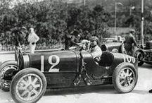 GRAND PRIX DE MONACO & RALLYE DE MONTE-CARLO / Ambiance... Le sport automobile est né grâce aux nobles et il reste... Populaire. / by Michel Gastaut